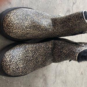 Speckled ugg boots